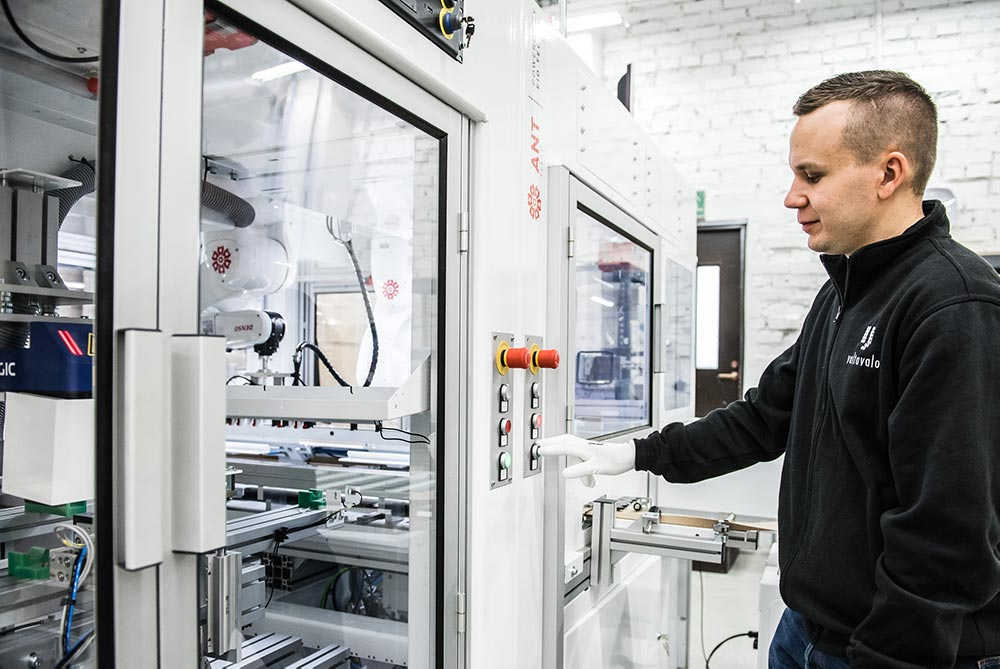 Microfactory Overview for Manufacturers [Examples, Installation, Deployment Scenarios, Safety]